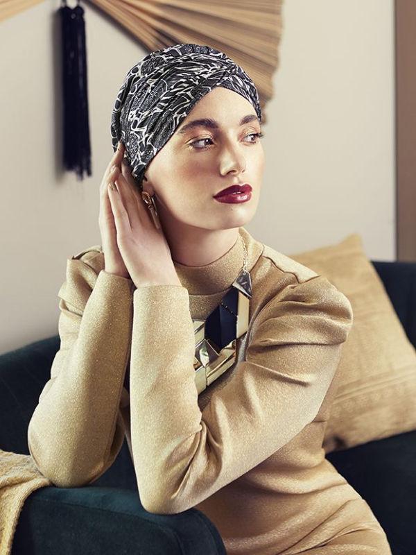 Chemo mutsje / alopecia hoofdbedekking - Turban Sapphire Floral Woods