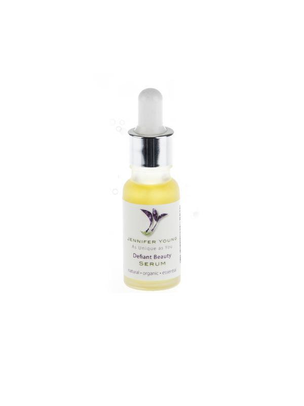Defiant Beauty Serum verkrijbaar bij Mooihoofd voor chemo mutsjes en cosmetica