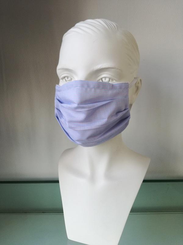 Mondkapje lichtblauw verkrijbaar bij Mooihoofd voor chemo mutsjes en cosmetica