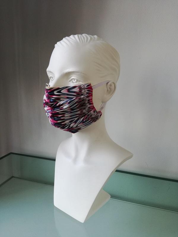 Mondkapje zigzag verkrijbaar bij Mooihoofd voor chemo mutsjes en cosmetica